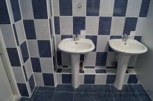 Школа №14 им. Иннокентия Смоктуновского, ремонт туалета